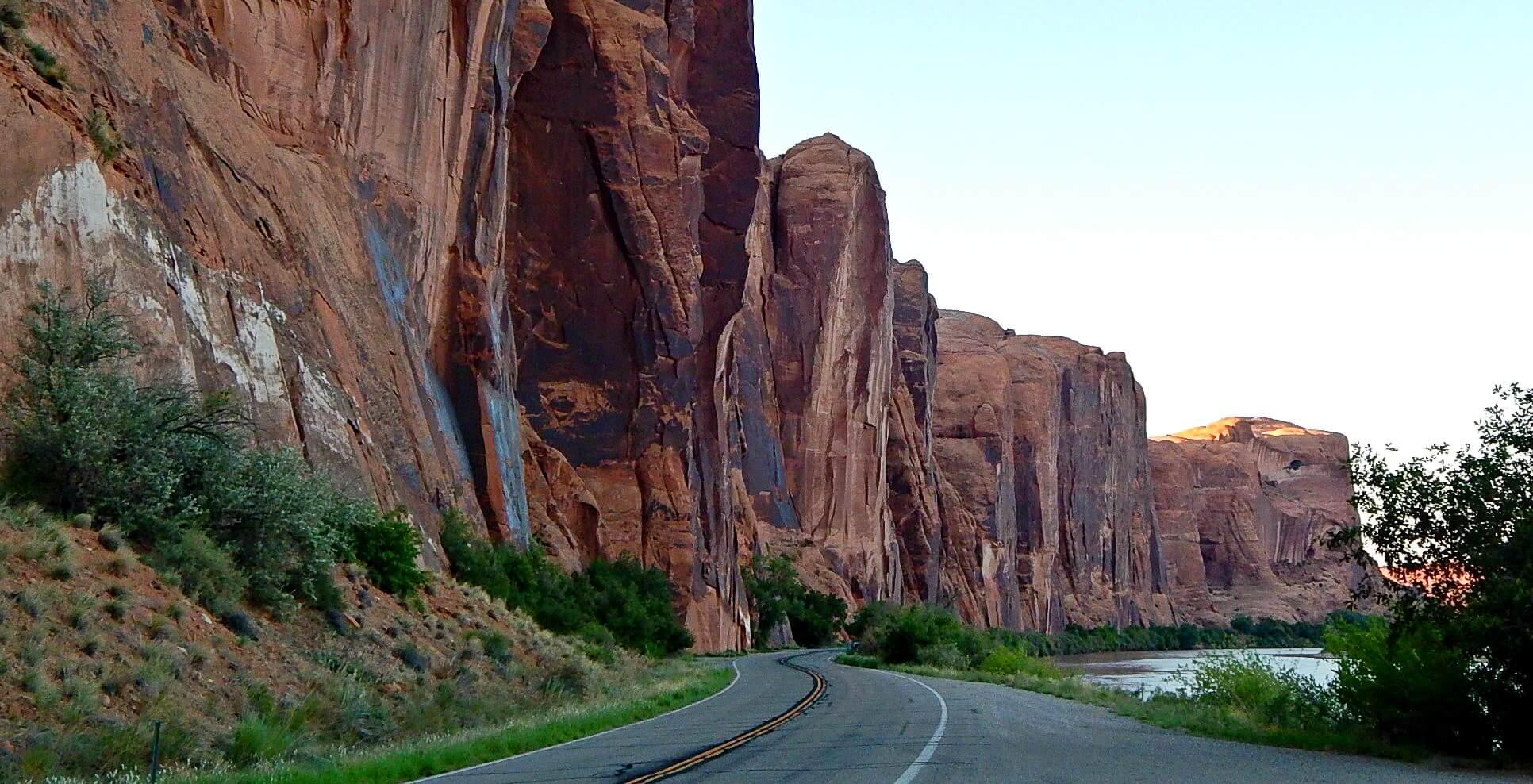 banner-colorado-river-scenic-drive-moab