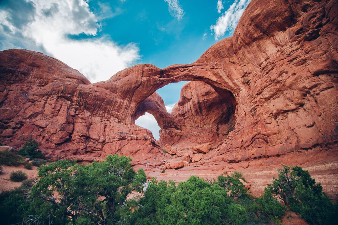banner-double-arches-natural