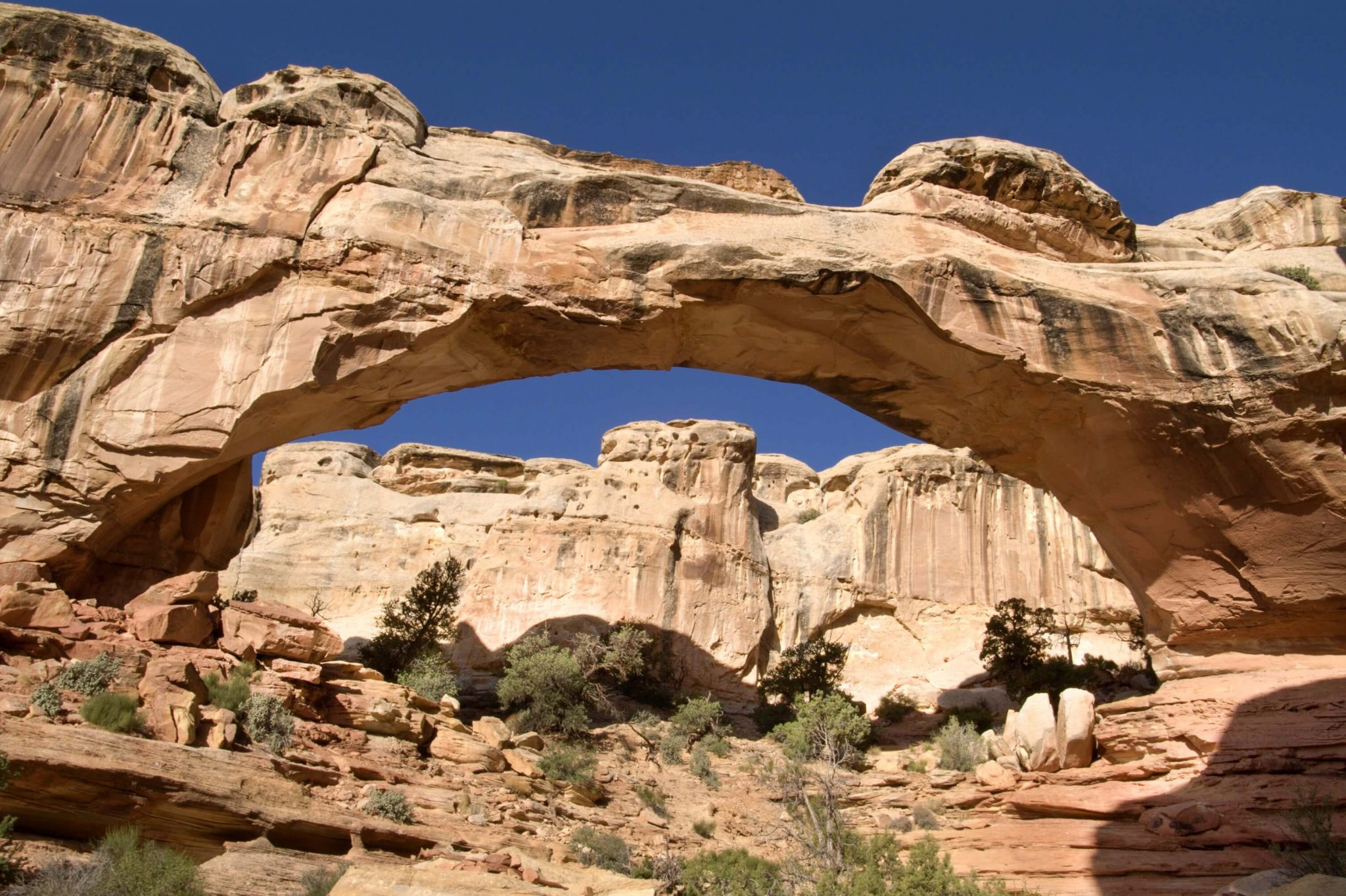 banner-hickman-bridge-capitol-reef-national-park